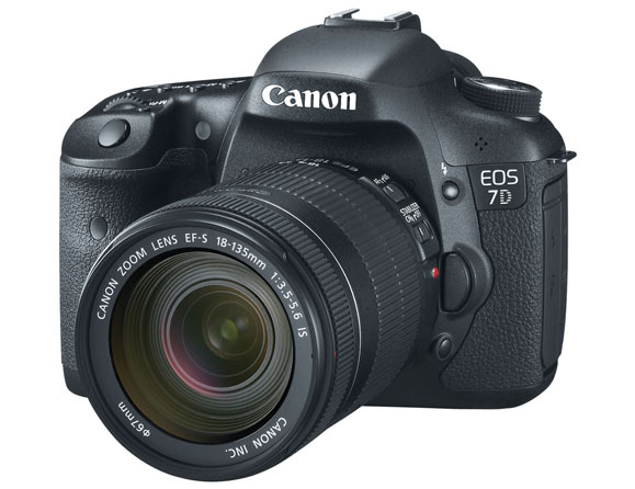 Canon EOS 7D 18.0 MP with 18-135mm Zoom Lens