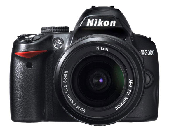 Nikon D3000 10.2 MP with 18-55mm VR Lens