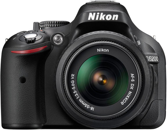 Nikon D5200 24.1 MP with 18-55mm Zoom Lens